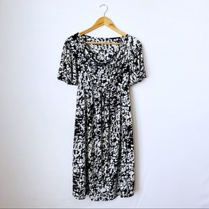 2/$20 Liz Lange Maternity Black White Midi Dress S